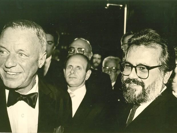 Ricardo Amaral pageando mister Blue Eyes, Frank Sinatra, no Brasil