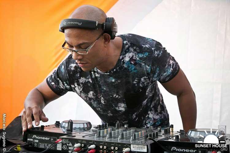 GKD, um dos professores do curso de DJ