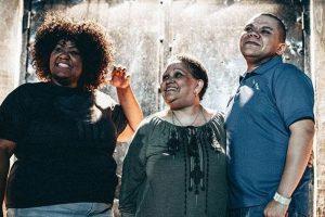 ESG. A incrível história da mãe que montou uma banda para tirar as filhas do perigo das gangues e drogas