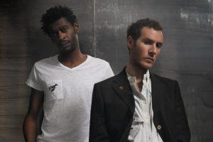 Blue Lines, disco de estreia do Massive Attack, faz 30 anos hoje. Conheça a história por trás desta obra prima