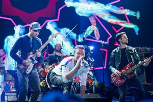 Coldplay tocando em Hamburgo no festival Global Citizen