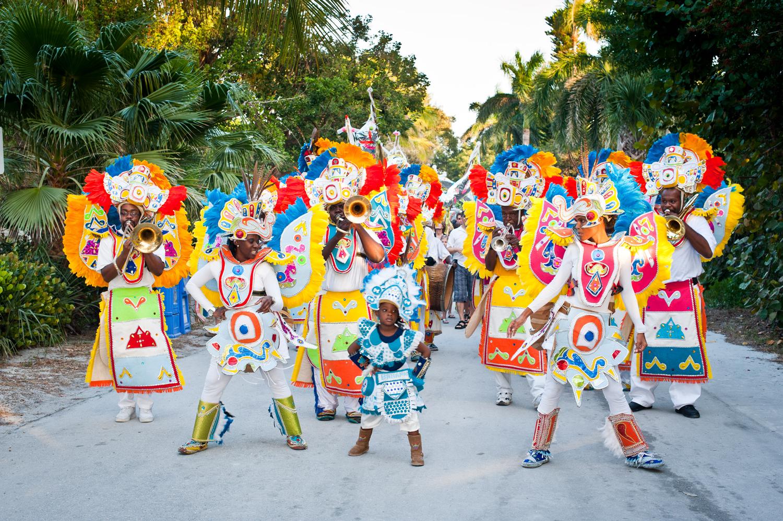Bahamas apresenta 2º Festival de Verão Junkanoo virtual